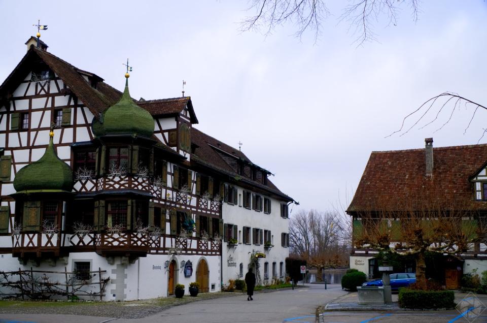 Altes Fachwerkhaus am Seerhein (Schweiz)